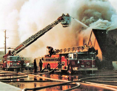 1_1983-saute-cafe-fire